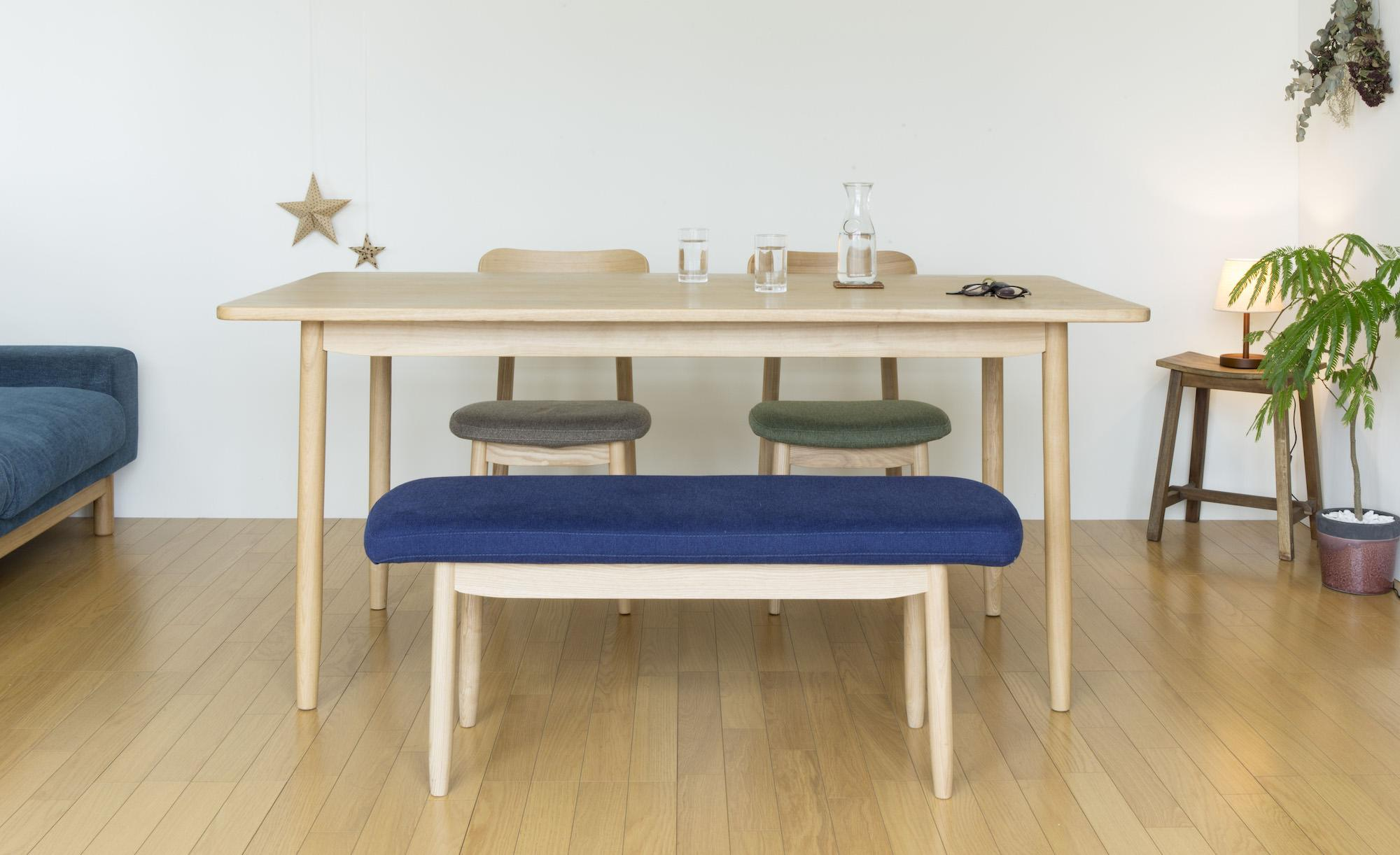 saucer dining table