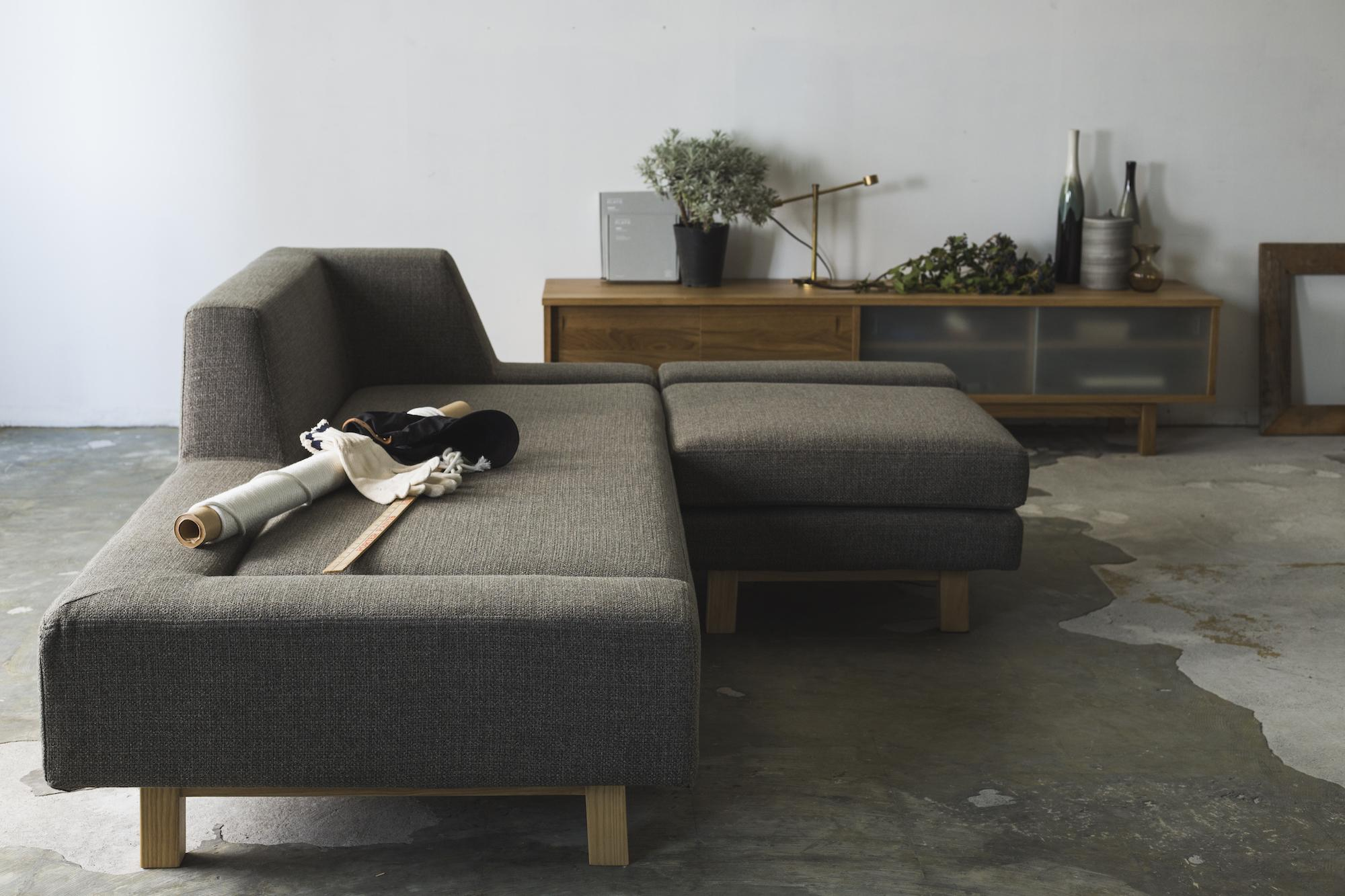 SHIFT SOFA